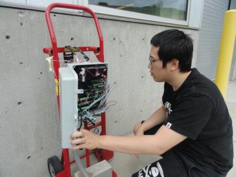 Ka Fung Wong thử nghiệm bê tông